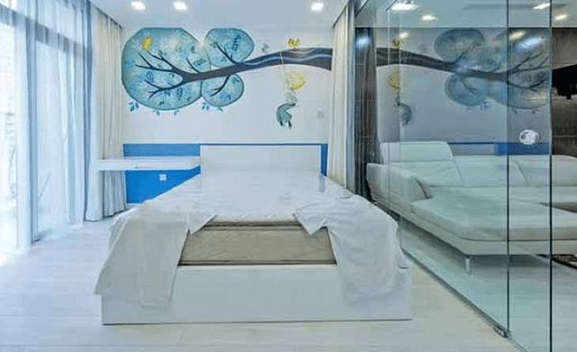 Top 10+ mẫu vách ngăn kính cường lực phòng ngủ đẹp - hiện đại 2021