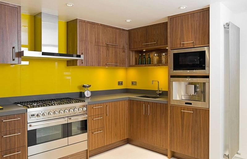 Mẫu kính ốp bếp màu Vàng đẹp - Hot nhất 2021