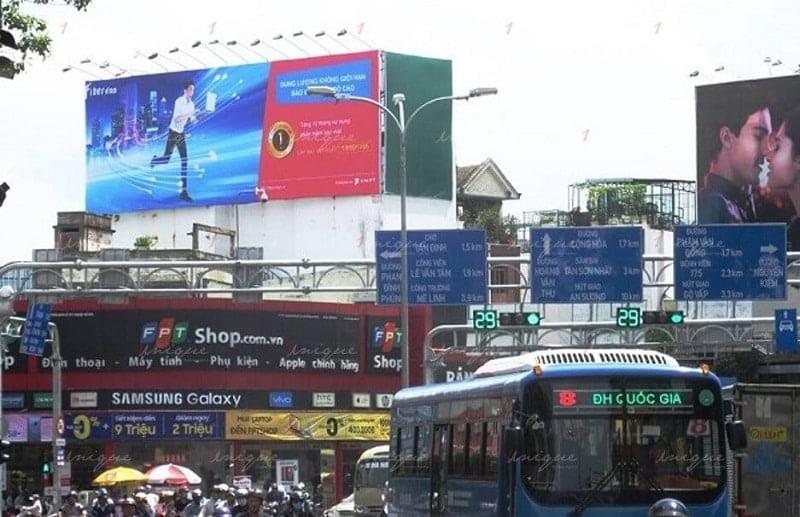 Nhận thi công biển quảng cáo ngoài trời giá rẻ tại Hà Nội