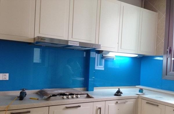 Kính Ốp Bếp Màu Xanh Dương - Màu Kính Bếp Được yêu thích