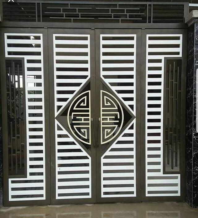 cửa sắt 4 cánh