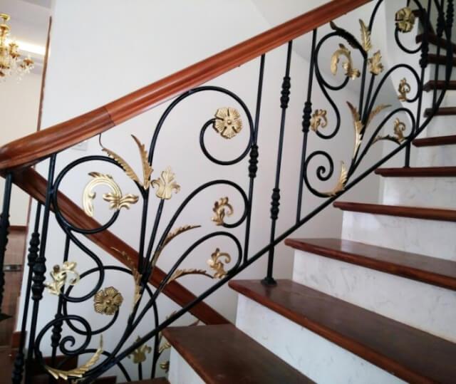 lan can cầu thang sắt mỹ thuật